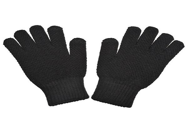 تولید انواع دستکش و کلاه کار بافتنی